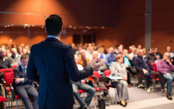 نقش مهم بنیانگذار و مدیرعامل به عنوان سخنگوی برند