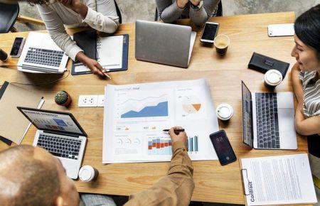 چگونه ابعاد بازار هدف را برای استارتاپ اندازهگیری کنیم