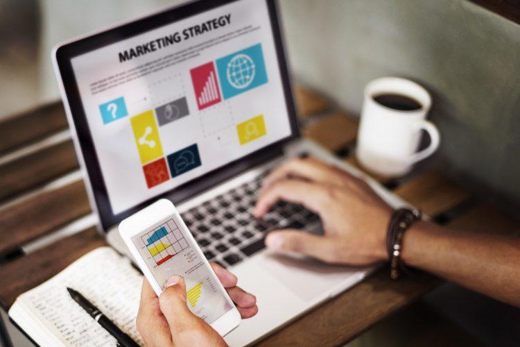 بازاریابی پنهانی چیست؟