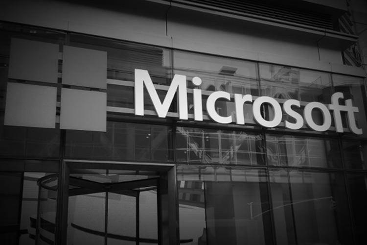 مایکروسافت با وجود افزایش ارزش، با مشکلات متعددی روبهرو است
