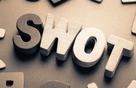 آشنایی با تحلیل SWOT و کاربرد آن در پیشرفت کسبوکارها