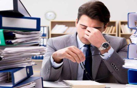 کارمندی که افسردگی دارد را چگونه مدیریت کنیم