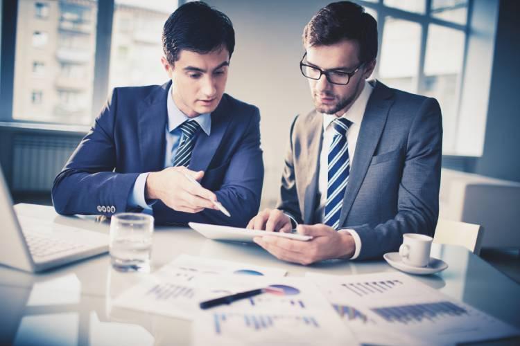 انتخاب و تغییر مسیر: برای شروع یک کسب و کار چه کنیم؟
