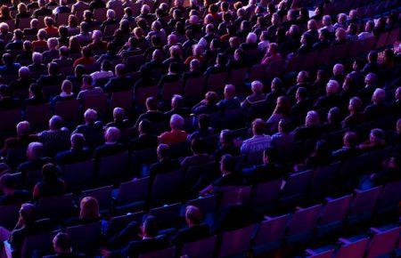 بازنگری استارتاپها درباره کنفرانسهای ویدئویی در زمان شیوع کرونا